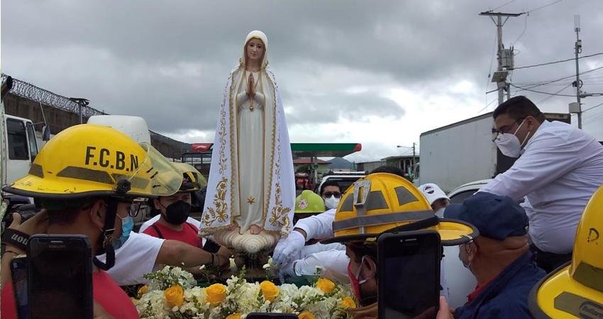 Estelianos reciben imagen Peregrina de Virgen de Fátima