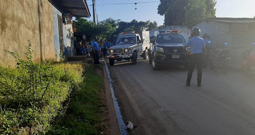 El horrendo crimen aconteció la tarde de este lunes en una cuartería del barrio Milagro de Dios, en el Distrito Cinco de Managua.