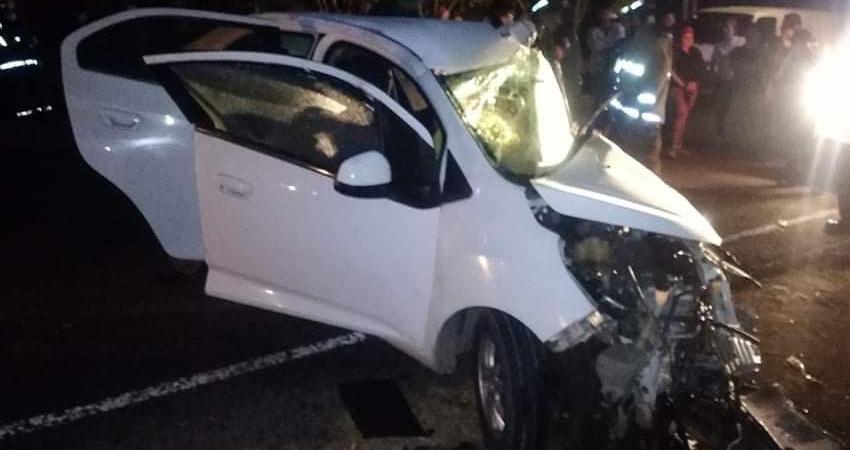 La víctima, quien era guarda de seguridad, manejaba el vehículo en el que quedó atrapado y falleció.