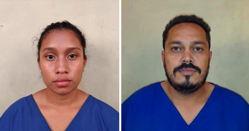 La pareja fue presentada por la policía. Foto: Juan Fco. Dávila/Radio ABC Stereo