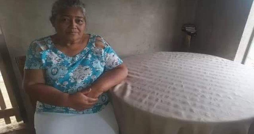 La última vez que lo vio fue en un barrio capitalino y a 50 años de ese encuentro doña Luisa Argentina desea reencontrarse con su hermano.