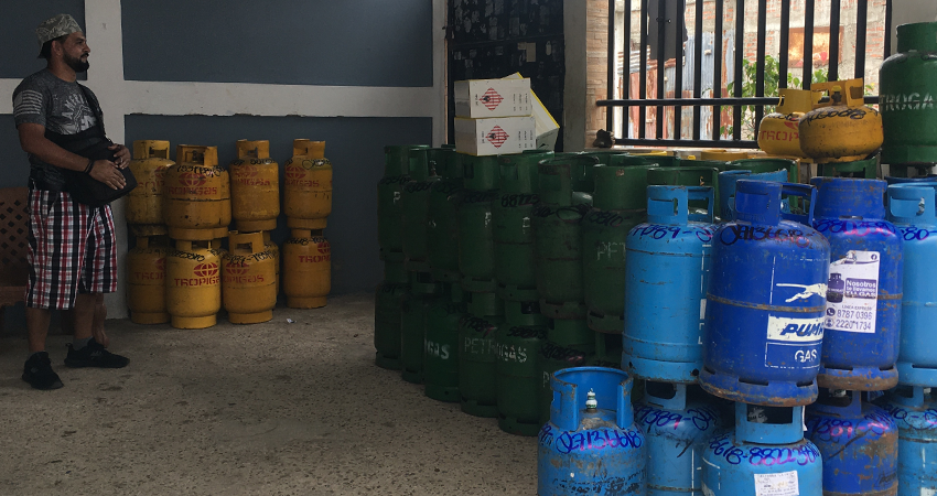 Tras 20 alzas consecutivas, el gas para cocinar mantiene su precio, según distribuidores de Estelí. Actualmente el cilindro cuesta unos 100 córdobas más que el año pasado.