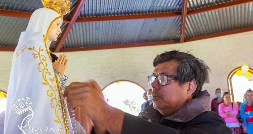 El presbítero que estaba a cargo de la parroquia de San Nicolás falleció el pasado 30 de marzo. Tras su partida, sacerdotes lo recuerdan con cariño.