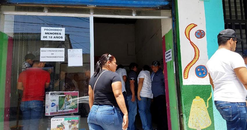 El negocio está ubicado en la parte céntrica de la ciudad. Foto: Alba Nubia Lira/Radio ABC Stereo