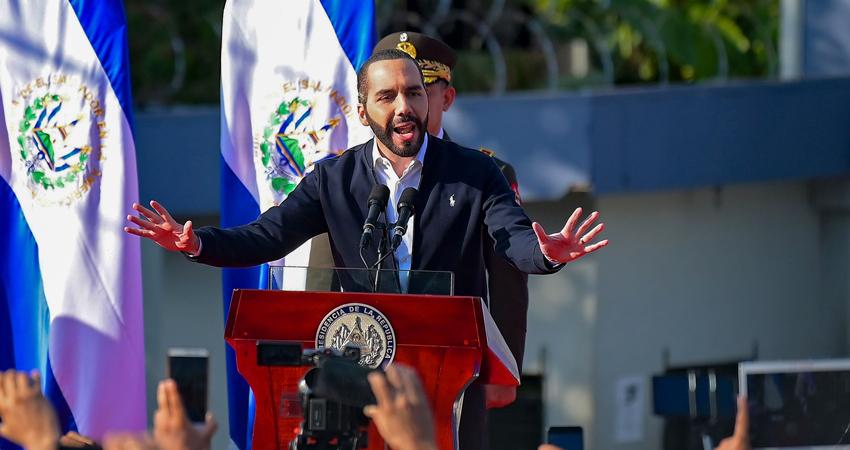 El gobierno salvadoreño entregará 2,7 millones de paquetes alimenticios