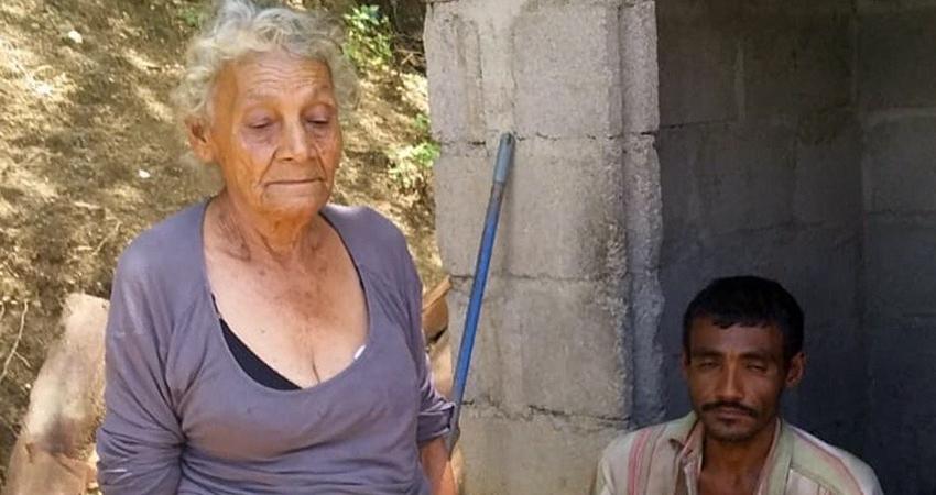 Doña Francisca Poveda habita sola con su hijo, quien sufre de discapacidad mental. Foto: Cortesía/Radio ABC Stereo