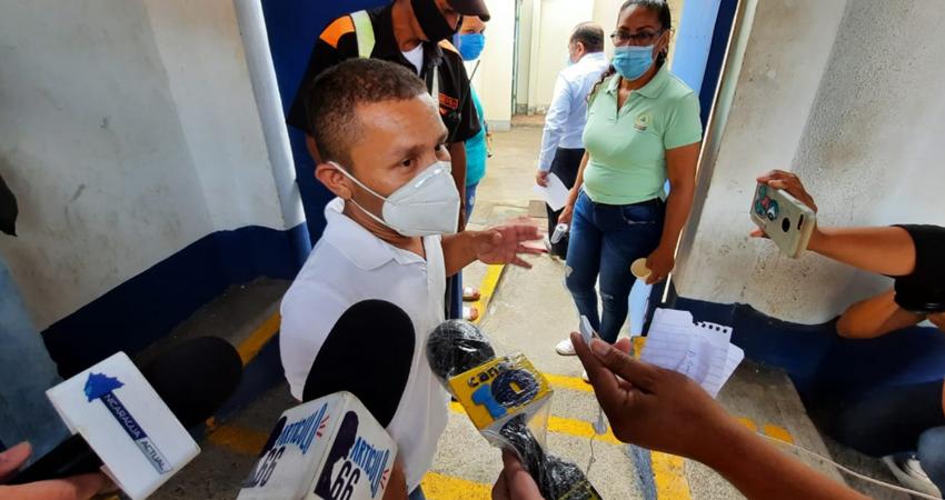 Roberto Mora fuera del Ministerio Público en Managua. Foto: Cortesía/Artículo 66