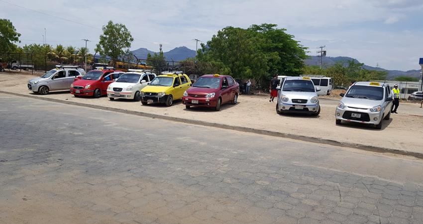 Taxista de Ocotal aseguran haber reforzado sus medidas de higiene tras el aumento de casos de COVID-19. Foto: Famnuel Úbeda/Radio ABC Stereo