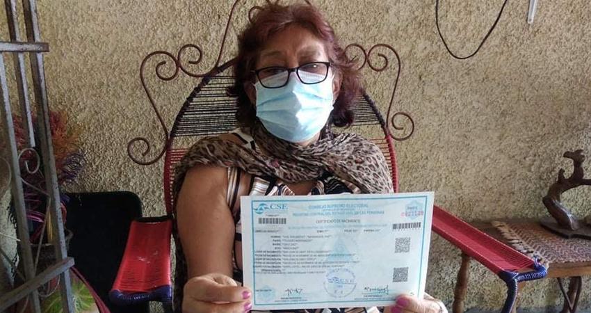 El dolor embarga a doña Cruz Antonia Díaz, madre de Luis Edelberto Mondragón, originario de San Juan de Limay. El nicaragüense falleció de un infarto fulminante en Nueva York, Estados Unidos.