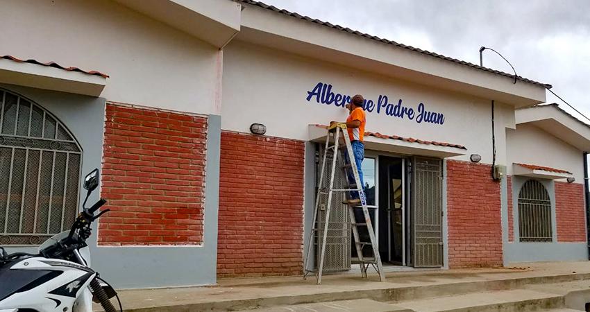 El albergue lleva por nombre Padre Juan, en honor al sacerdote que soñó con el proyecto. Foto: Roberto Mora/Radio ABC Stereo