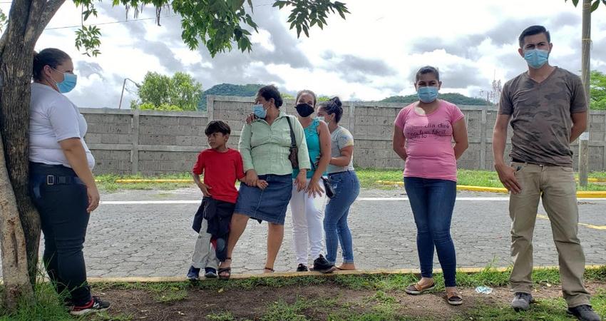 Un grupo de pobladores fue desalojado de un terreno ubicado en Villa Cuba, Estelí. Los afectados demandan ante las autoridades la devolución del dinero que habían dado en cuotas para la compra del terreno.