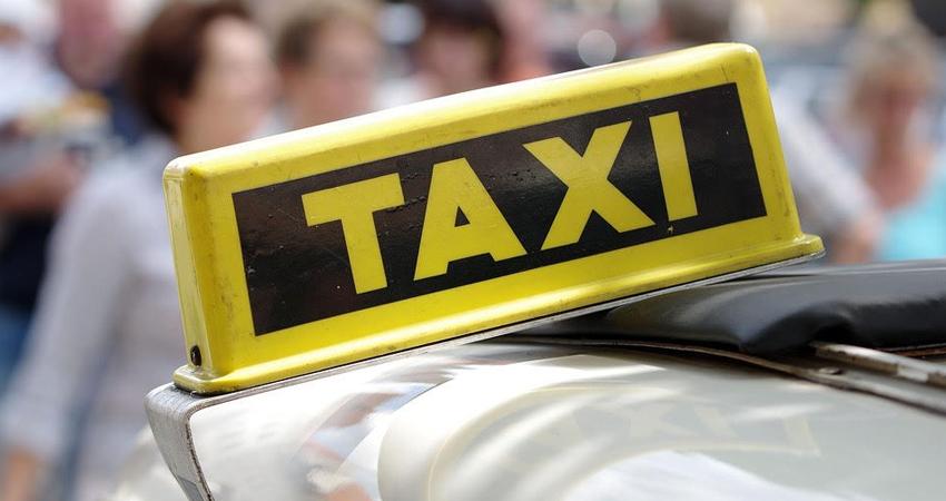 Con mucha preocupación, una madre esteliana denuncia un intento de abuso sexual. Supuestamente un taxista manoseó a su hija de 10 años de edad, a quien trasladaba hacia la escuela.