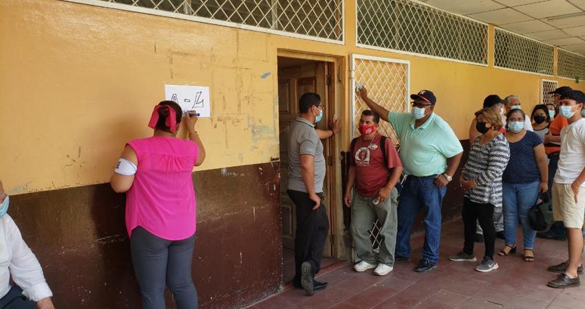 Sin largas filas, proceso rápido y cambios de centros de votación. Así se vivió la jornada de Verificación Ciudadana en Estelí.