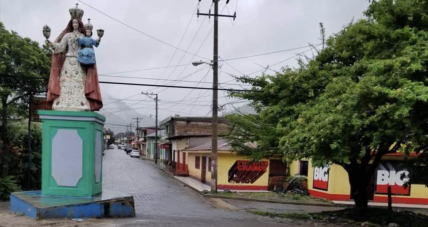 Ervin Herrera sostuvo que el conflicto es por una vivienda que le pertenece a él. Foto: Archivo/Radio ABC Stereo