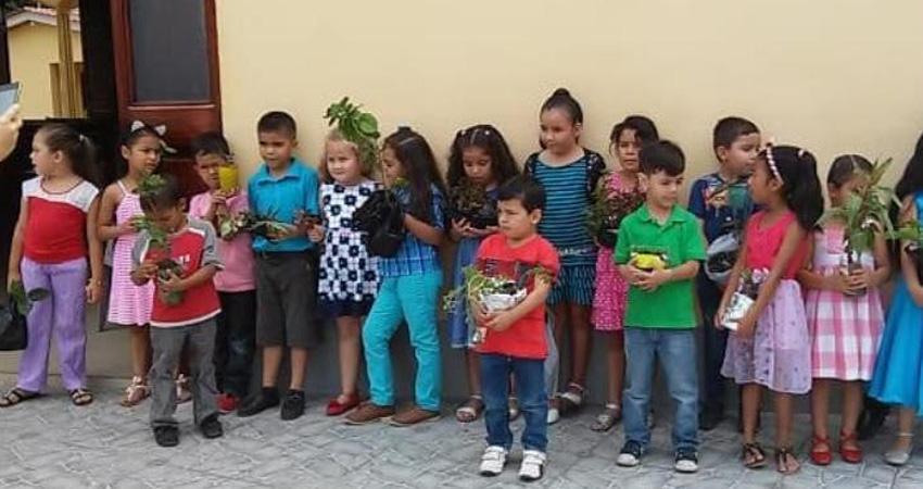 Los niños se unieron a los retos. Foto: Cortesía