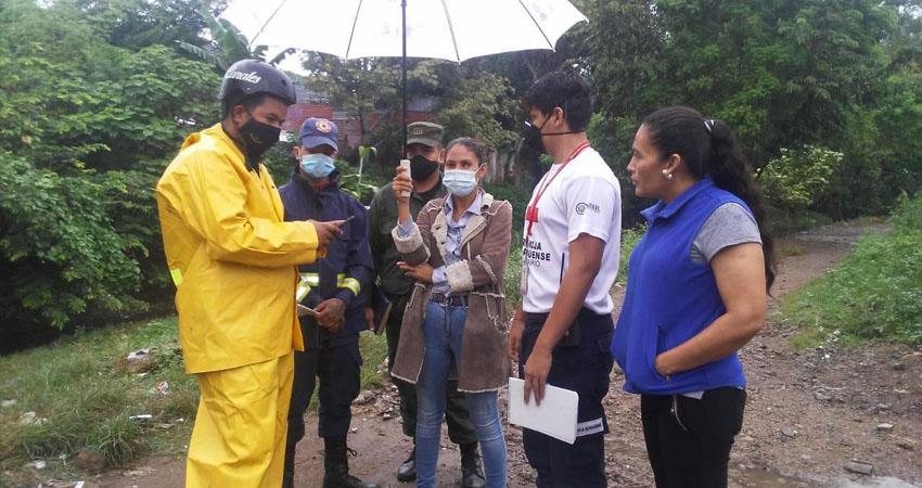 Pobladores que habitan en el sector de la quebrada El Zapote, al suroeste de Estelí, están tomando medidas preventivas, que incluyen rutas de evacuación.