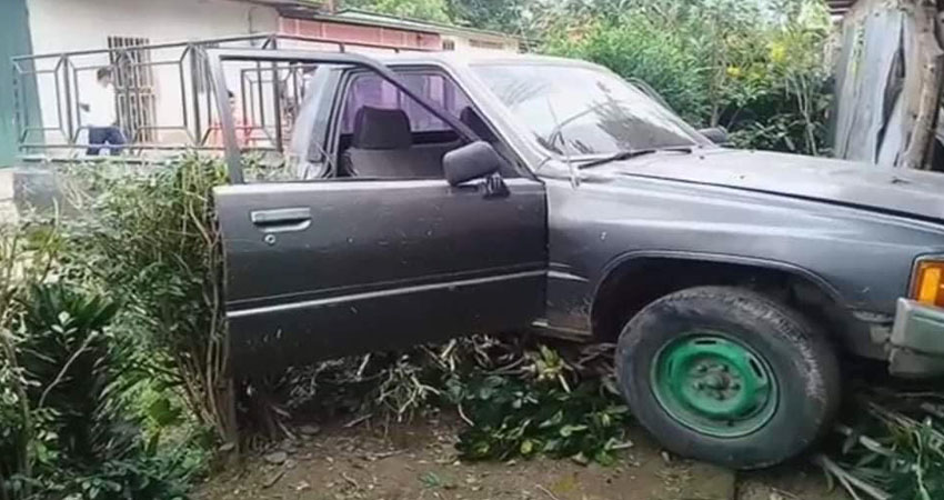 El accidente ocurrió la tarde de ayer y el conductor presuntamente iba en estado de ebriedad.