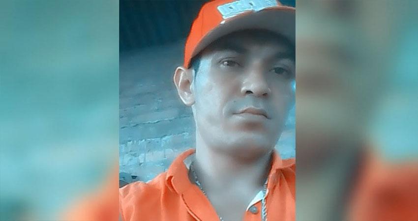 Saúl Antonio López fue asesinado con un arma de fuego hace más de un mes. Sus familiares demandan el actuar de la policía porque temen que el caso quede en la impunidad.