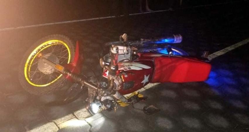 A un hospital capitalino fue trasladado un motociclista que atropelló a un adulto mayor en San Juan de Limay, Estelí. El peatón sufrió lesiones menos graves.