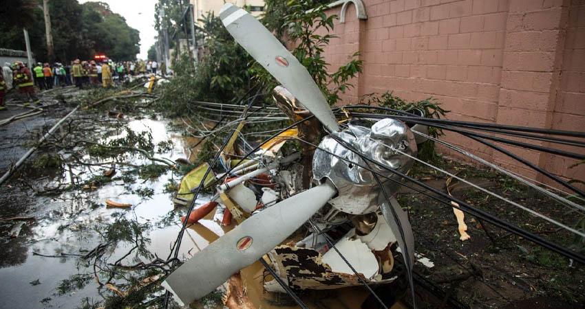 La aeronave privada cayó minutos después de despegar del aeropuerto internacional La Aurora, en la periferia de la capital guatemalteca.