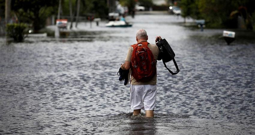 La mayor preocupación en el sureste de Florida ahora es el drenaje del agua, en un área que se halla aún bajo aviso de inundaciones y donde ya habían caído copiosas lluvias desde antes de la llegada de Eta.