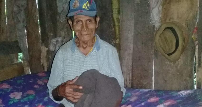 Uno de los pobladores beneficiados con el Proyecto Cobija. Foto: Cortesía