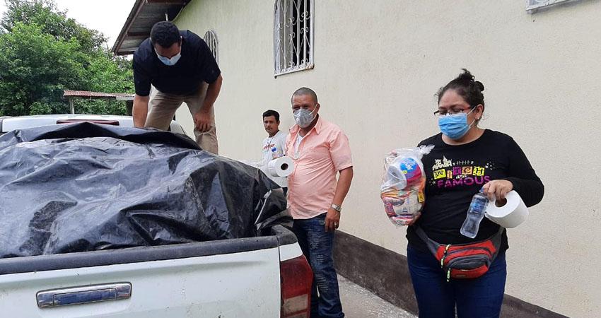 El Proyecto Cobija sigue dando abrigo a quienes lo necesitan. Esta vez la ayuda fue para familias que perdieron sus viviendas debido a las recientes lluvias.